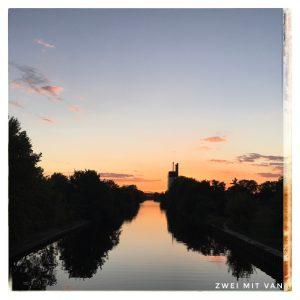 Sonneuntergang, Baumschulenbrücke über den Britzer Verbindungskanal, Berlin